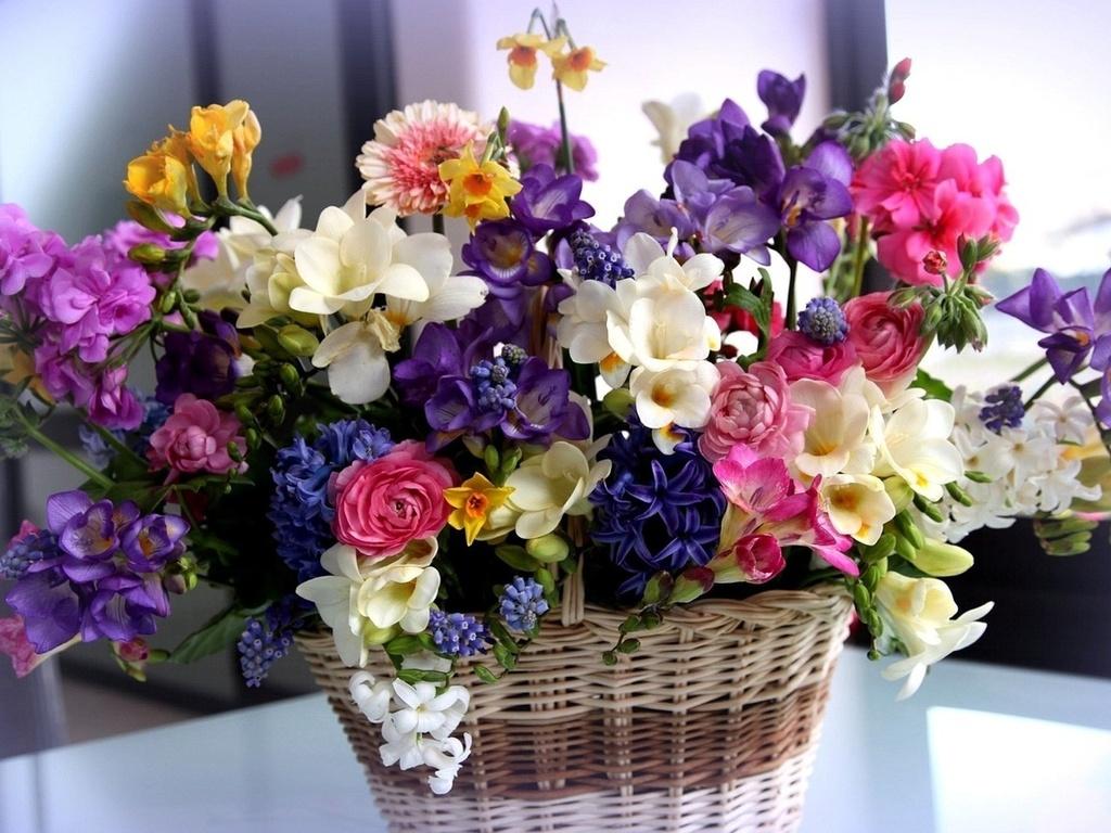 Где заказать доставку цветов в Минске?