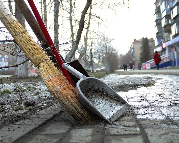 Куда пожаловаться на коммунальщиков в Минске?