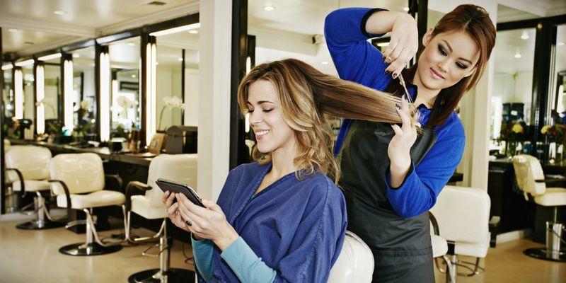 Где закончить курсы и школы парикмахеров в Минске?