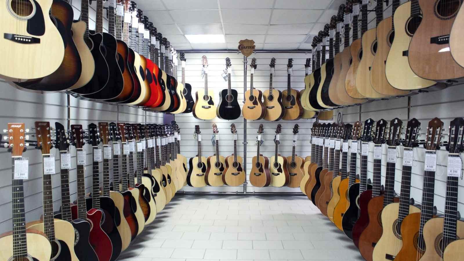 Где купить акустическую гитару или электрогитару в Минске?